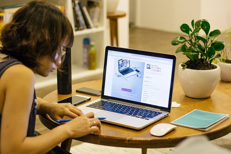 woman, laptop, plant